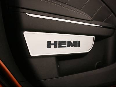 AMERICAN CAR CRAFT  - ACC Black Dodge Charger / Chrysler 300 Door Badges with HEMI Carbon Fiber inaly 2Pc Front Brushed 2011-2013 - 331008-BLK