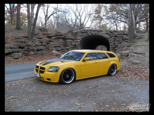 AIRLIFT 77727 DODGE MAGNUM AIR RIDE KIT WWW.D2BDMOTORWERKS.COM