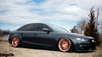 AUDI  - RS4 2009-2015 - AIRLIFT PERFORMANCE  - Airlift Audi A4 (B8) Performance Air Suspension System : AP Manual / 3P / 3H : 75558 / 75658